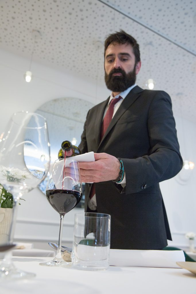 Iván Cantera, Jefe de Sala de Restaurante Juan Carlos Ferrando